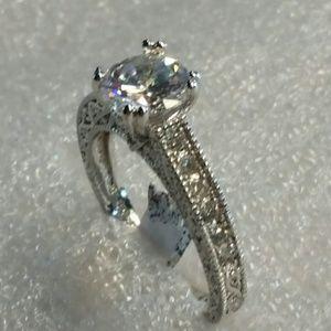 Jewelry - White sapphire set in silver